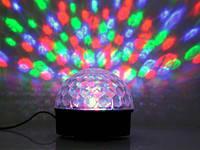 Диско-шар для вечеринок и праздничных мероприятий LED Magic Ball Light