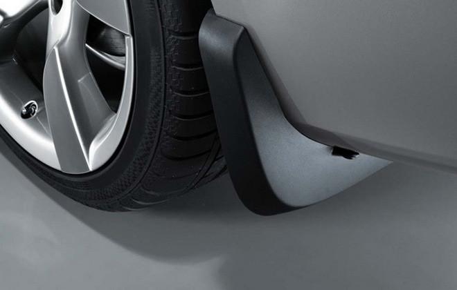 Брызговики задние для Audi A5 купе оригинальные 2шт 8T0075101