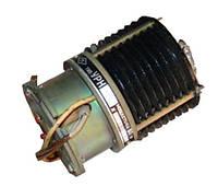 УРН-423    угольный регулятор напряжения
