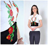 Женская вышитая белая футболка Розы