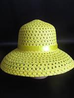 Очаровательная дамская шляпка с бантиком