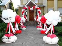 Оформление воздушными шарами, оформление крыльца дома