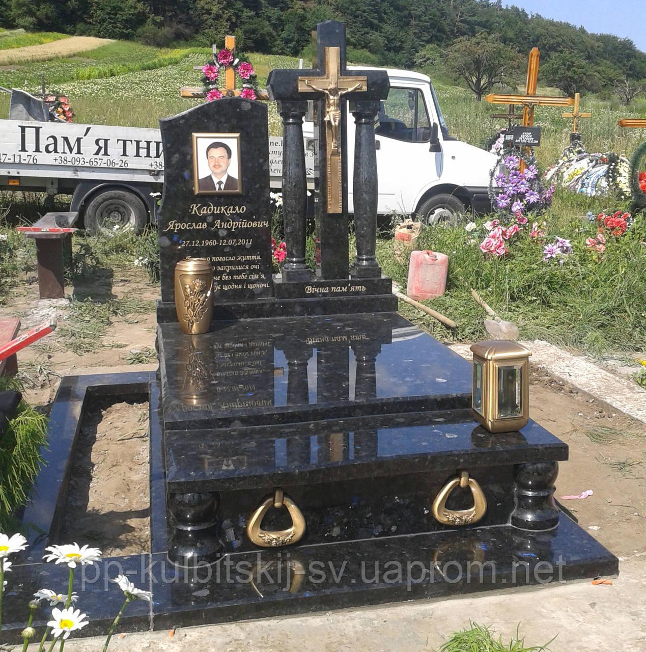 Одинарний гранітний пам'ятник 5049