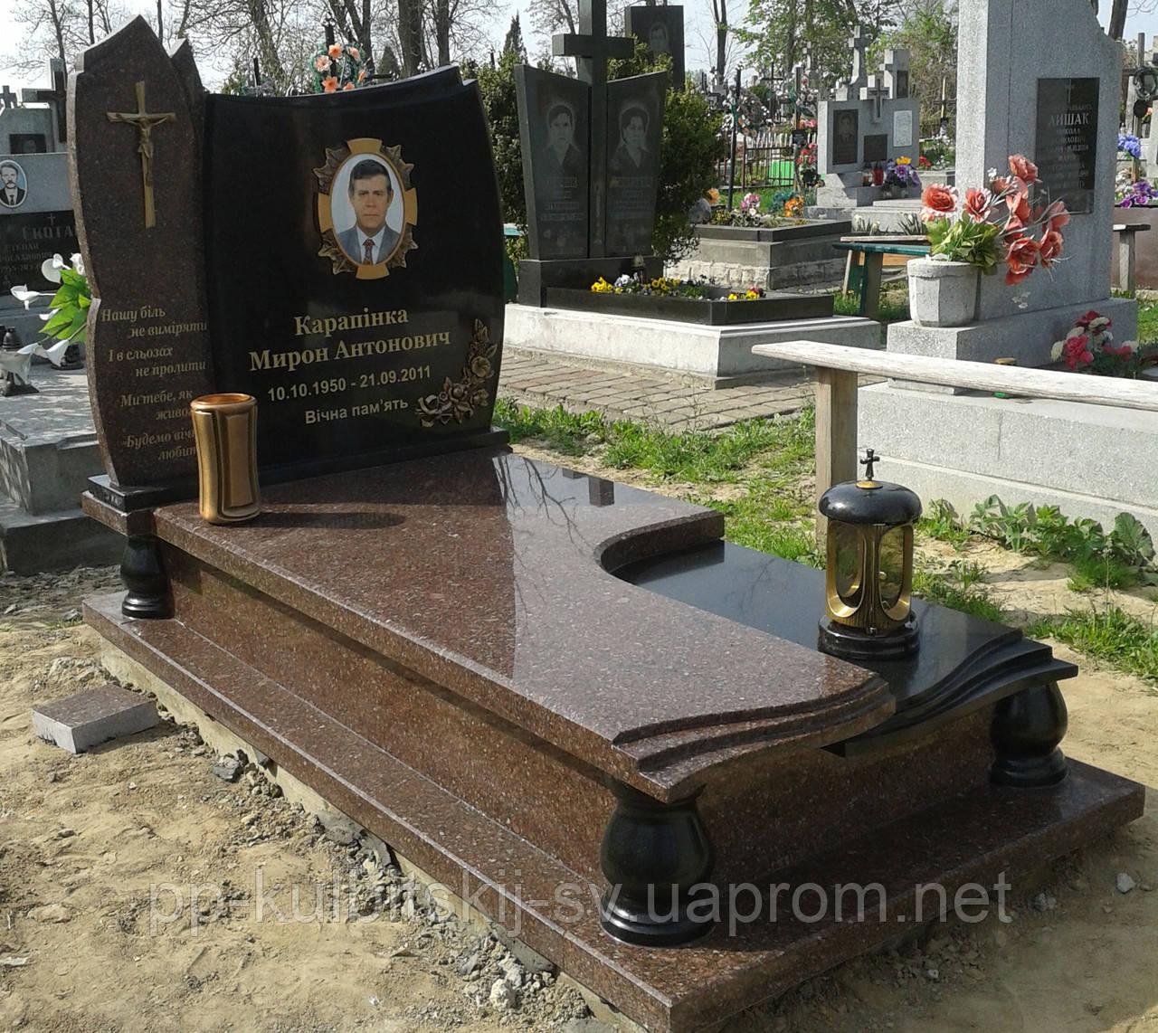 Пам'ятник гранітний з Токівського і Букинського граніту 9019040