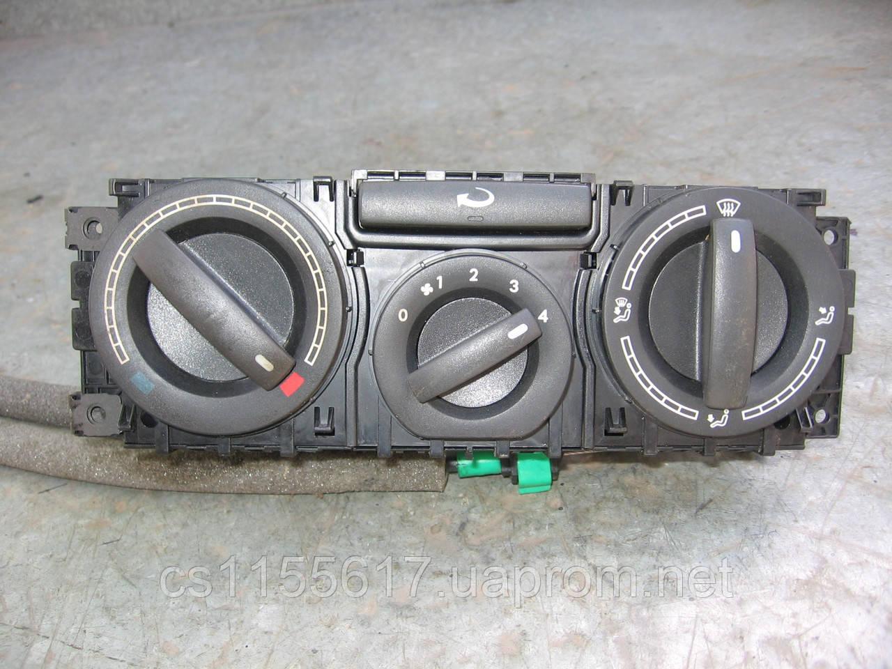 Блок управления печкой без кондиционера 7H0819045F9B9 б/у на VW Transporter T5 2003-2010 год