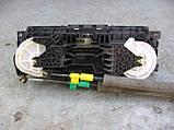 Блок управления печкой без кондиционера 7H0819045F9B9 б/у на VW Transporter T5 2003-2010 год, фото 4