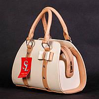 Белая маленькая сумочка с бежевыми вставками