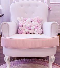 Подушка из сердец. Использована набивная бязь с разным рисунком в розовой цветовой гамме.