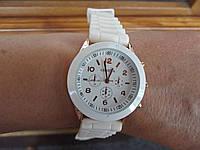 Часы кварцевые на силиконовом ремешке Geneva Белый Белый
