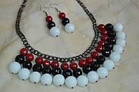Комплект ожерелье и серьги с агатом и кахолонгом «Black Red White»