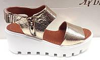 Босоножки женские на платформе кожаные серебро, золото Uk0295