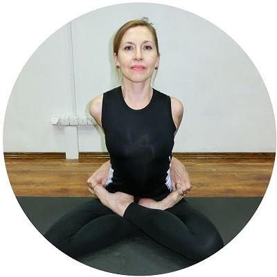 Анжелика Корпан - методист курсов теоретической подготовки и йоги в школе Олимпия