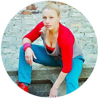 Преподаватель курса тай-бо и тренажерного зала в школе Олимпия - Ирина Белова
