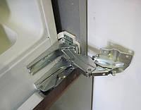 Регулировка дверей, петель, полок, ремонт или замена шнура электропитания холодильника