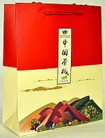 Картонный пакет с ручками китайский красный