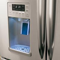Ремонт льдогенератора холодильника, системы выдачи воды, льда