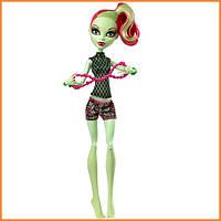 Кукла Monster High Венера МакФлайтрап (Venus Mc Flytrap) из серии Fangtastic Fitness Монстр Хай