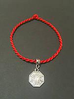 Браслет-оберег красная нить с талисманом Инь-Янь