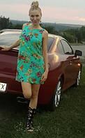 Яркое короткое платье из штапеля с открытой спиной ЮА0607