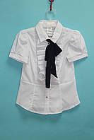 Школьная блузка UMBO с рюшей и синим бантом