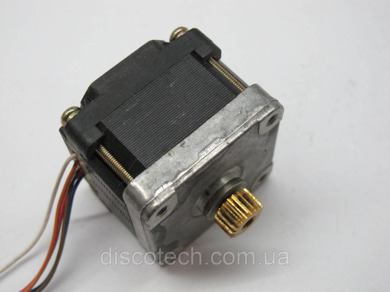 Двигатель шаговый уп 1,8 ф4,0/ 20 Ом EM-221