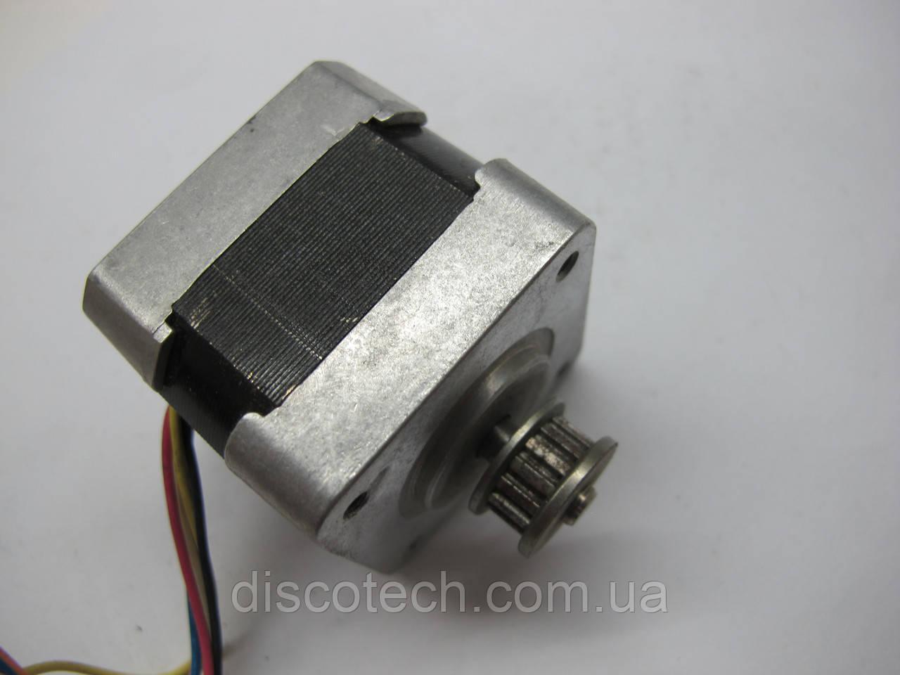 Двигатель шаговый уп 1,8 ф5,0/  7,6 Ом 17PM-H311-P1
