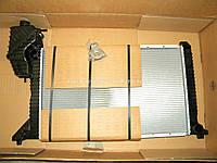 Радиатор охлаждения двигателя на Мерседес Спринтер 2.9TDI (-АС) 1995-2000 NISSENS (Дания) 62664A