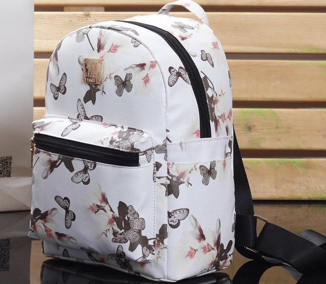 Стильный маленький рюкзак для девушки