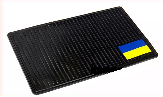 Антискользящий силиконовый коврик на торпедо ФЛАГ УКРАИНЫ