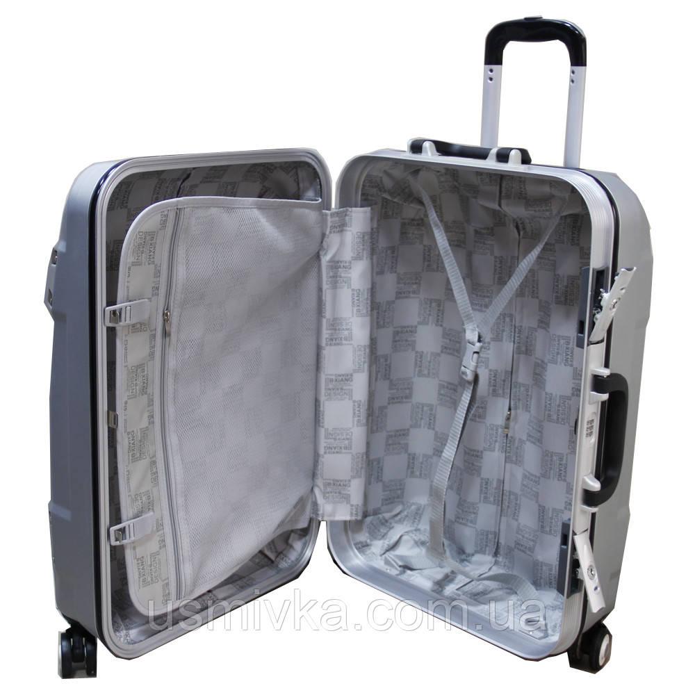 Стильный пластиковый чемодан на колесах ручная кладь, средний SS51018213 a9c7ba45049