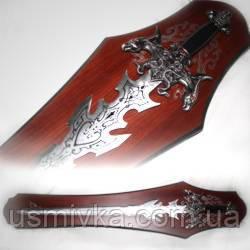 Декоративный меч на деревянном пано MS226625