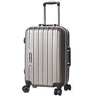 Деловой чемодан пластиковый, маленький.