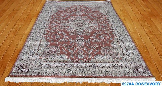 Турецкие ковры розового цвета