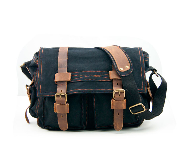 Мужская сумка Augur | черная. Вид спереди.