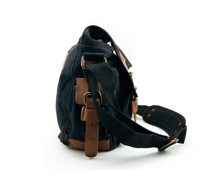 Мужская сумка Augur | черная. Вид сбоку.