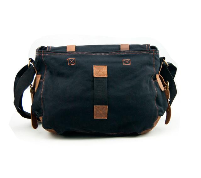Мужская сумка Augur | черная. Вид сзади.