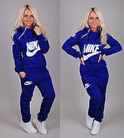 Утепленный спортивный костюм женский Nike