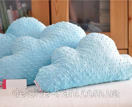 Подушки в виде тучек из плюша Minky (эта ткань в нашем каталоге имеет код М-7).