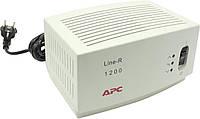 Стабилизатор напряжения Schneider Electric APC Line-R LE1200-RS