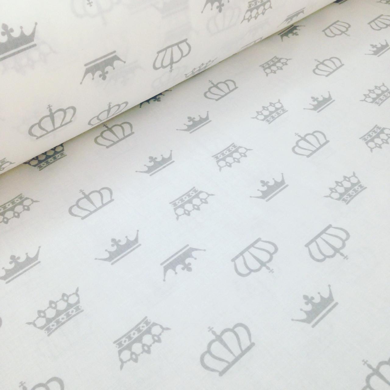 Хлопковая ткань бязь серые короны на белом ШИР. 2,2 М №103
