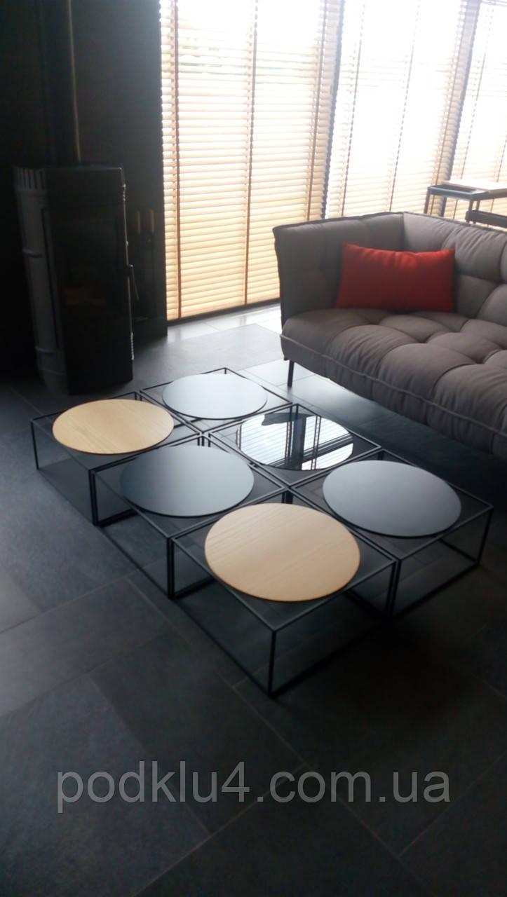 Журнальный столик из металла со стеклом