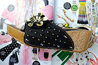 Шлепки женские черные с цветком на танкетке