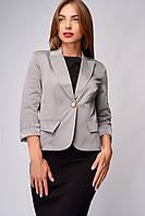 Пиджак женский в деловом стиле