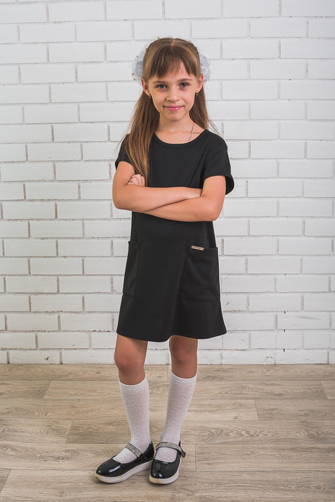 Школьное платье с карманами