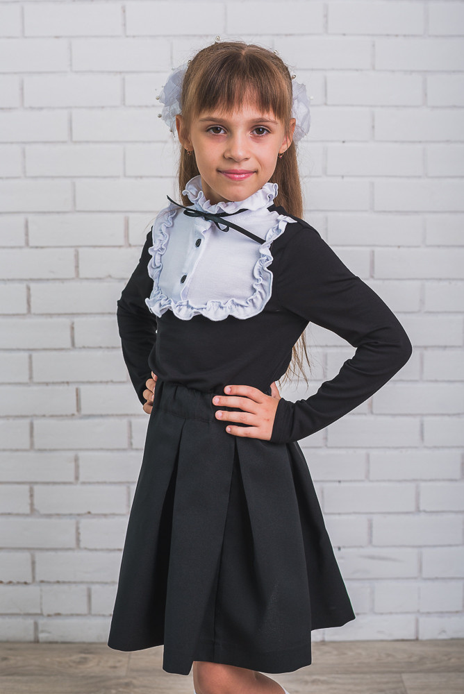 Блузка для девочки черно-белая