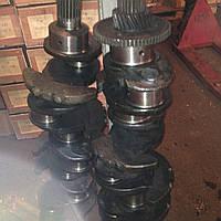 Коленчатый вал дизеля СМД-19 с правой резьбой