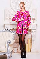Полупальто Роуз  демисезонное цвета фуксия с цветочным принтом прямого покроя без воротника