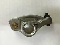 Рокер (коромысло) клапана выпускного БОГДАН А091-А092 4HG1