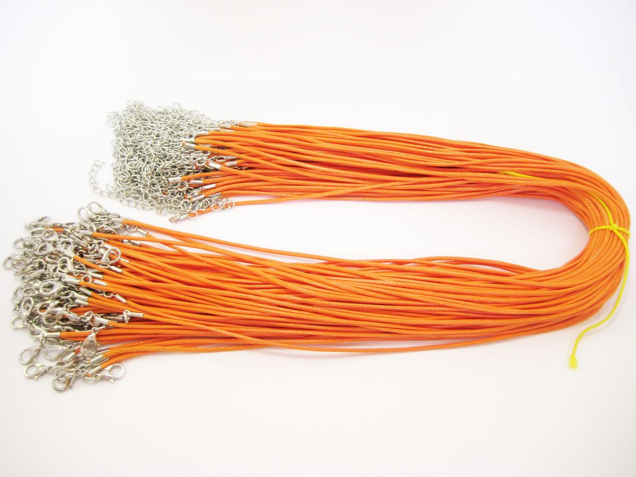 Подвеска на шею оранжевая