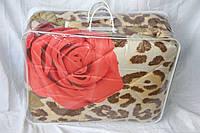 Двуспальное одеяло из овечьей шерсти Лери Макс - красные розы на тигровом
